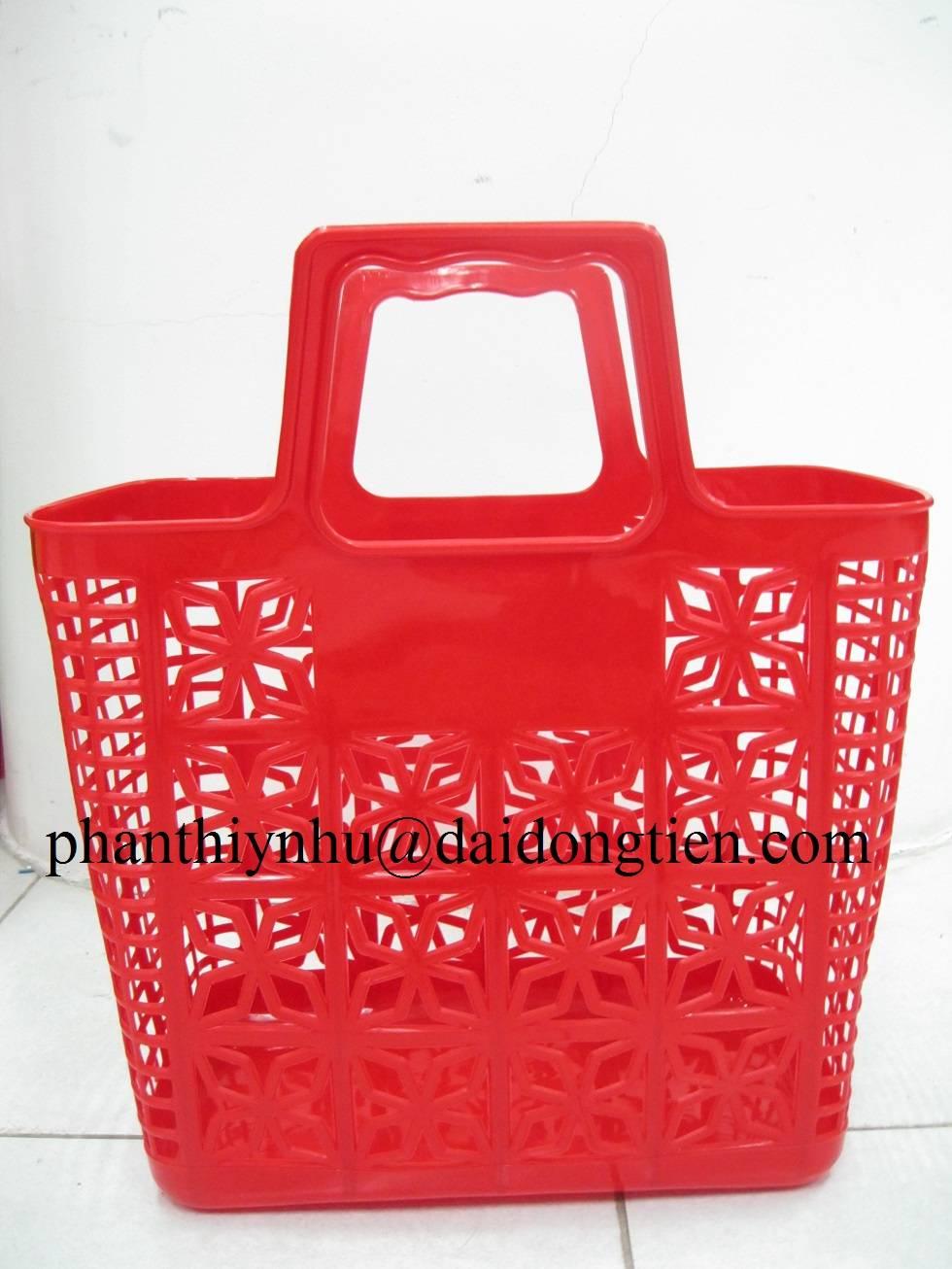 Plastic market basket