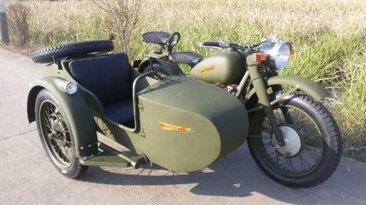 Classic army green color motorcycle sidecar