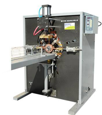 Four-point positioning cage top welding machine