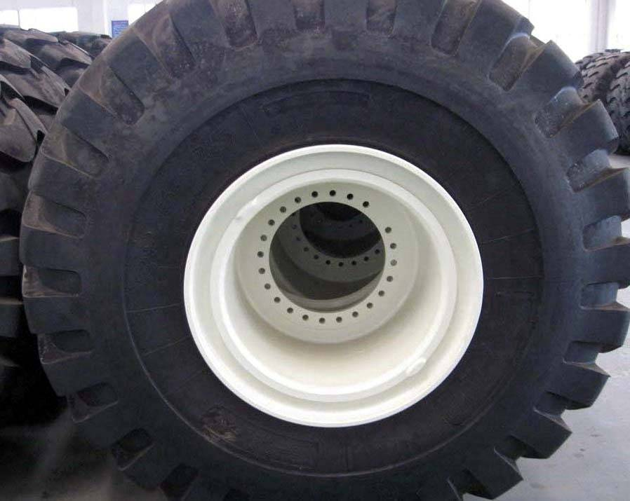 Sell 29.5-25 OTR Tire And Rim Assembly