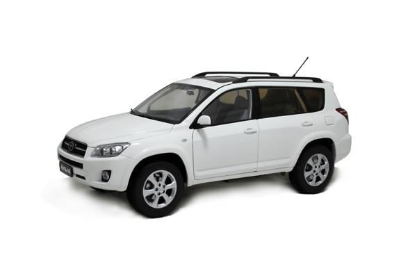 1/18 Toyota RAV 4 diecast model car