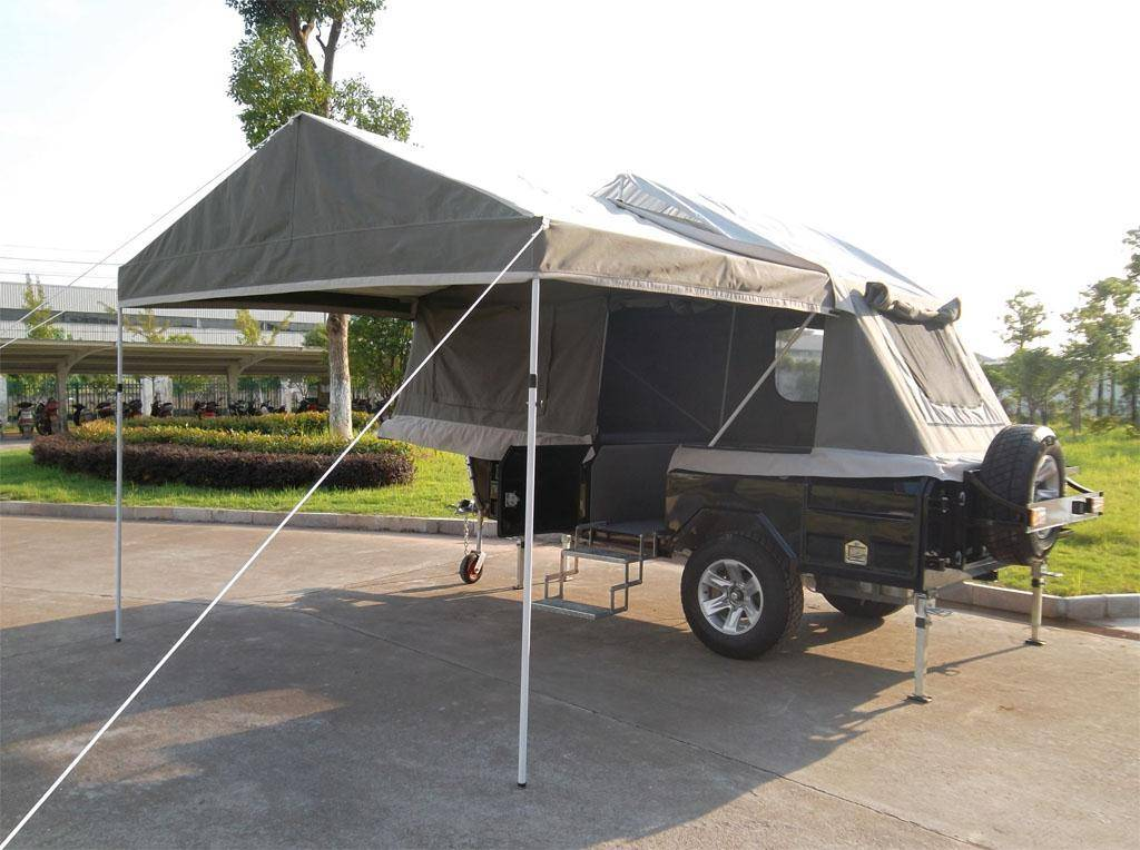 Off road hard floor camper trailer