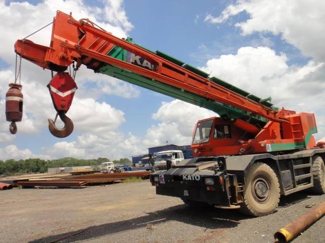used rough terrian crane Kato KR45H-VS