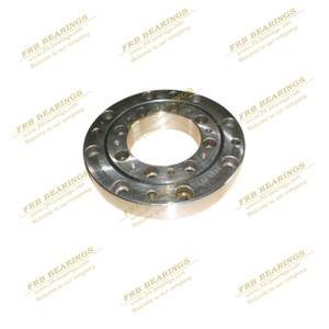 CRU445X Crossed Roller Bearings for slewing assembly fixture