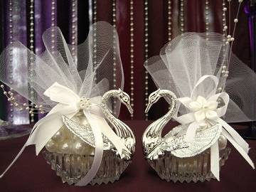 SWAN FAVOR CONTAINERS CF-0629