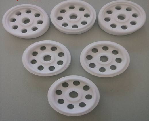Disipasi panas isolasi keramik alumina dengan 95% Al2O3
