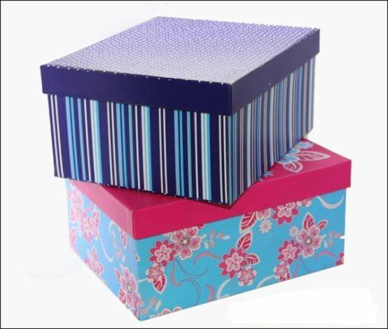We produce gift box, packaging box, gift packaging
