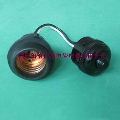 E27-516J08 Porcelain lampholder