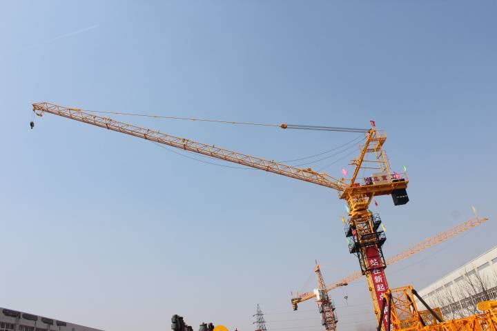china construction luffing tower crane