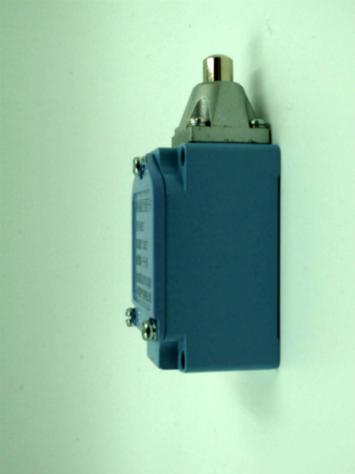 High temperature travel switch made in China