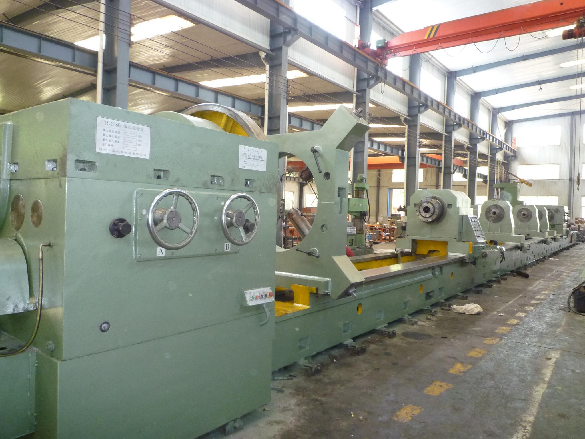TSQ 2180 CNC deep hole boring machine