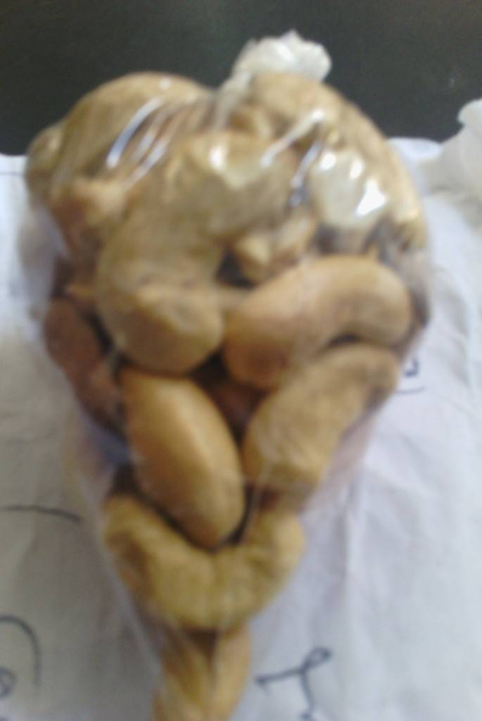 selling raw cashew nut