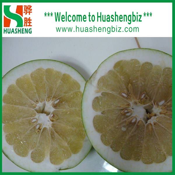 Fresh pomelo fruit