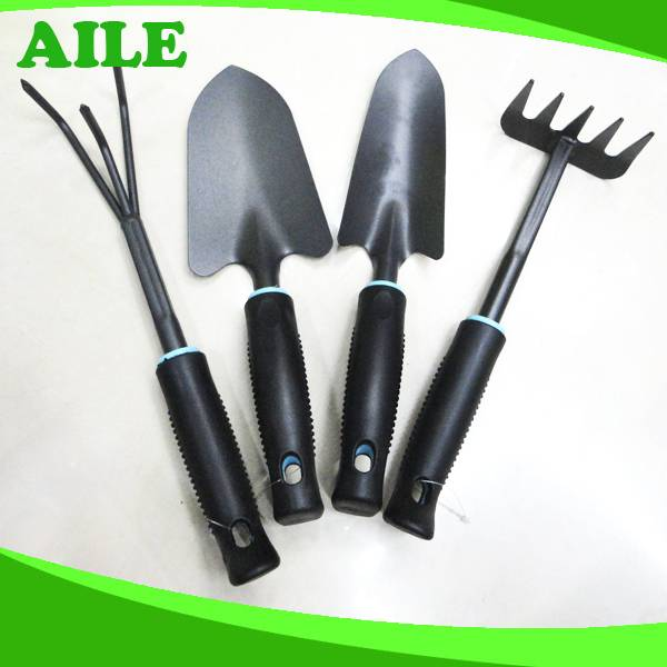 Small Black Metal Garden Tool Set