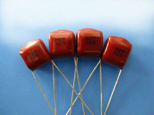 Miniature-Metallized-Polyester-Film-Capacitor-CL21X