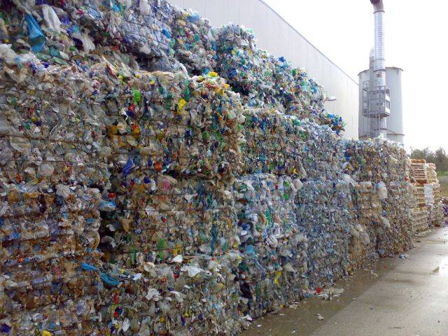 Offering PLASTIC SCRAPS from european countries.