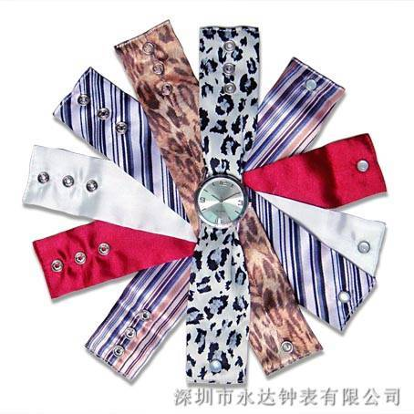 fashion watch with changeable scarf straps