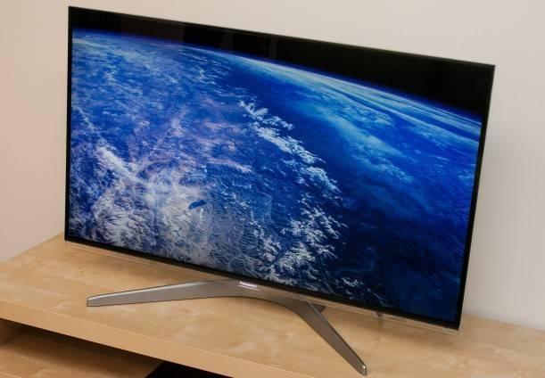 Panasonic 55 TC-L55WT50 Smart VIERA IPS LED HDTV 1080p 3D Wi-Fi Internet NEW