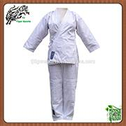 Cheap Light weight twill fabric karate uniforms for women