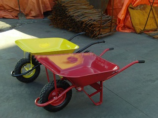 France model wheelbarrow WB6400