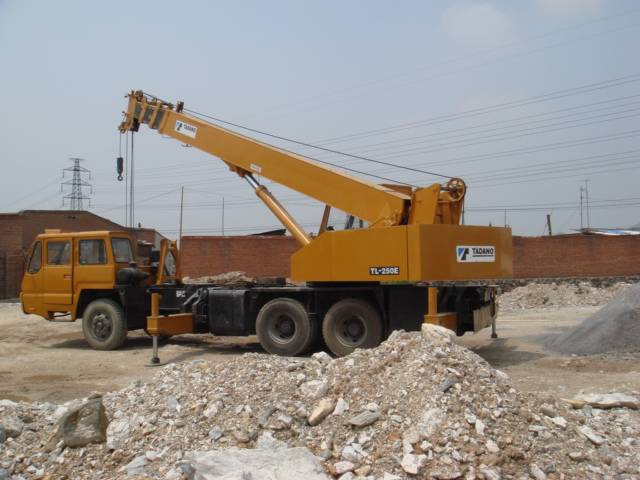 TADANO TL250E 25T used truck mounted crane for sale