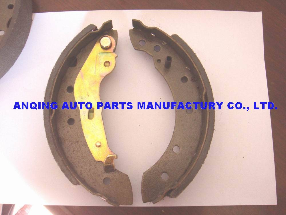 brake shoes for Dacia 6001551409