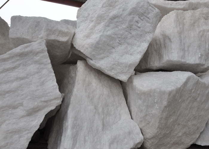 Abrasion Resistant Refractory Raw Materials White Fused Alumina Al2O3 99%