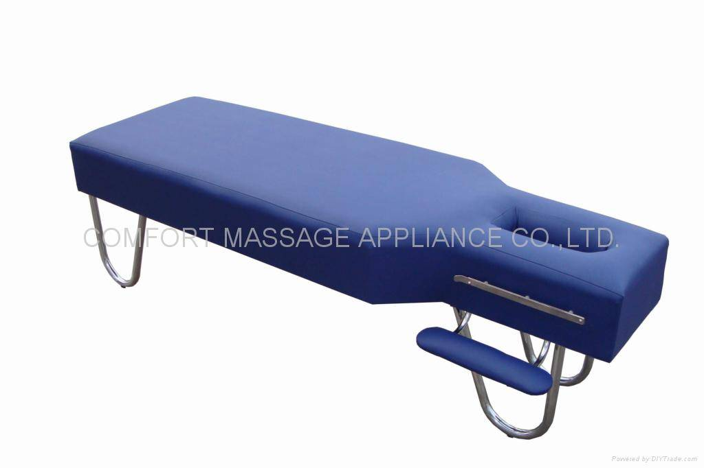 Strong, stationary massage table SM-001