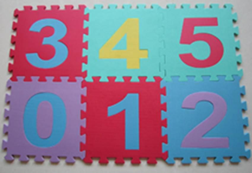 child using eva puzzle mat