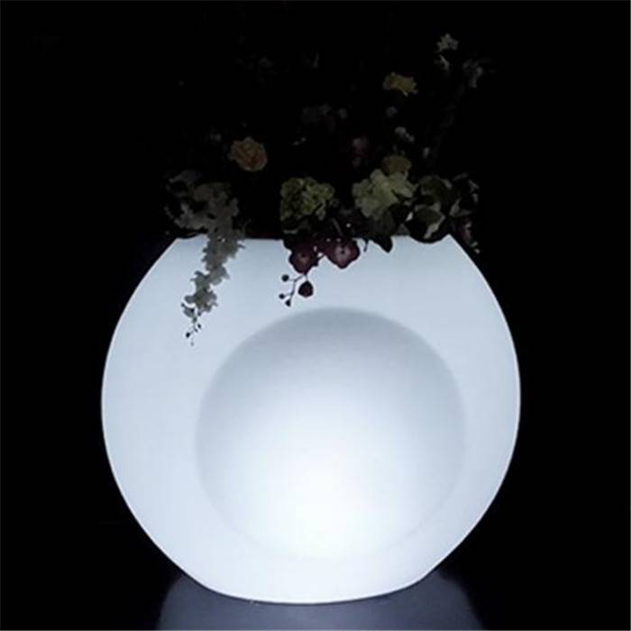 illuminated led planters