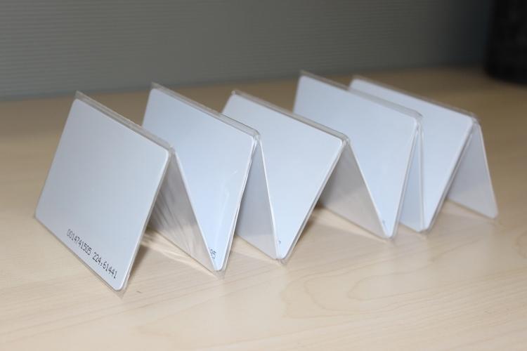 UHF White Card RFID Card Standard 9662 Card UHF RF Card Passive Electronic Tags Aikeyi Technology