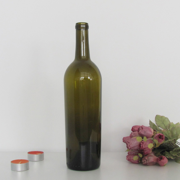 750ml Tapered Wine Bottle