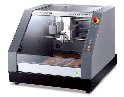 Roland MDX-40A 3D Milling Machine