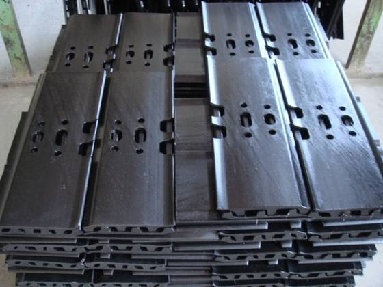 track shoe track group undercarriage parts