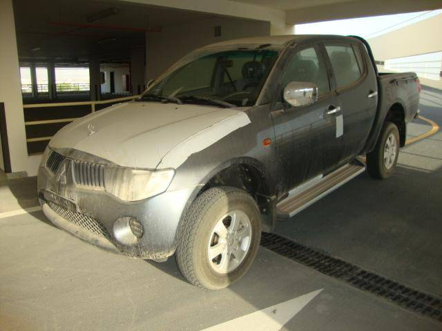 Mitsubishi L200 2.4L Petrol, Manual transmission, Double Cabin, 4x4. Brand new, model 2013.