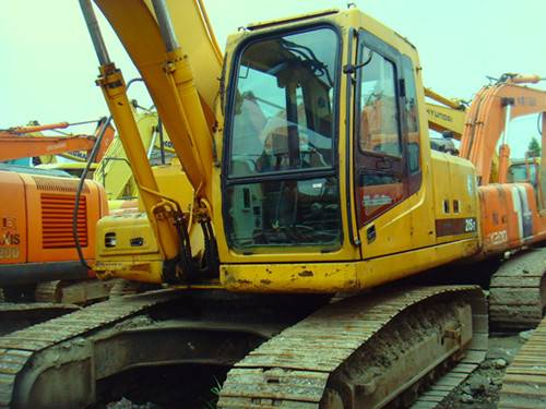 Used Hyundai Excavator R215-7