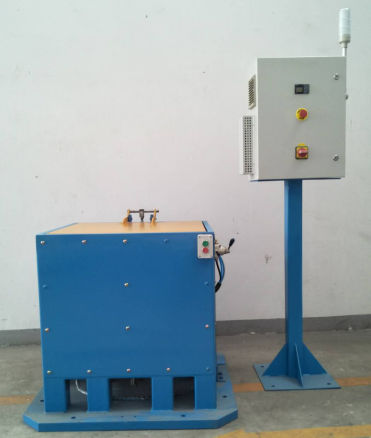 Automatic coating machine for small batch