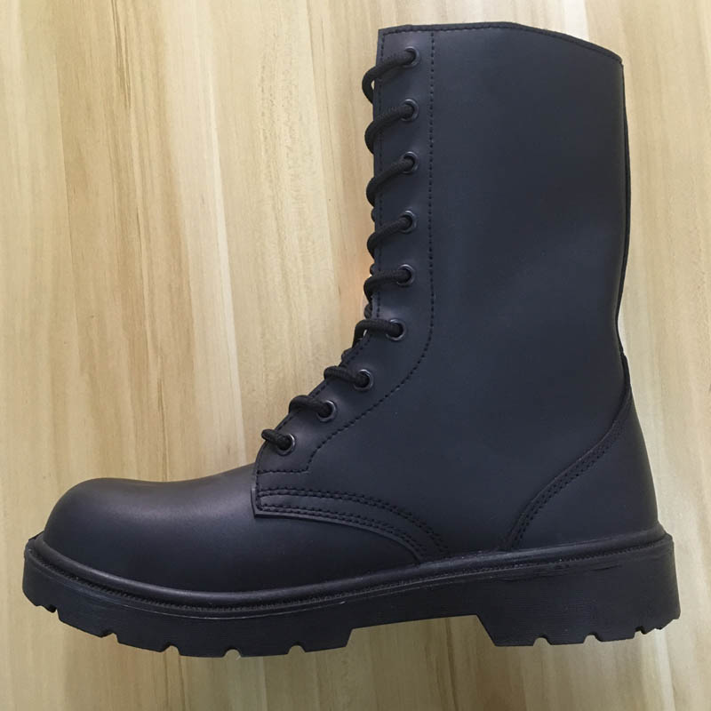 safety boot with steel toe