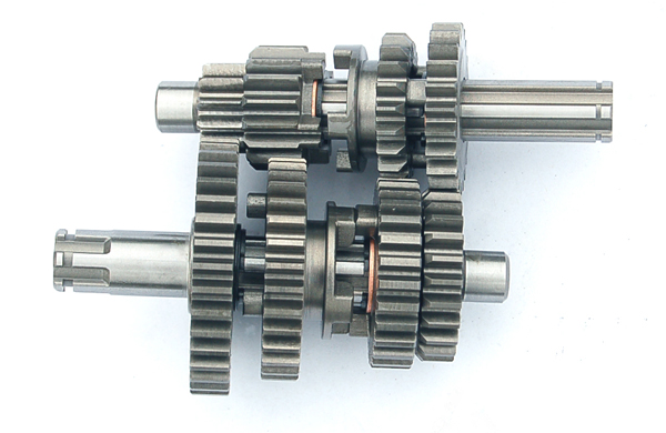 70,90 CC axis of the main vice