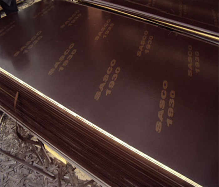 2017 Top quality professional brown film faced plywood