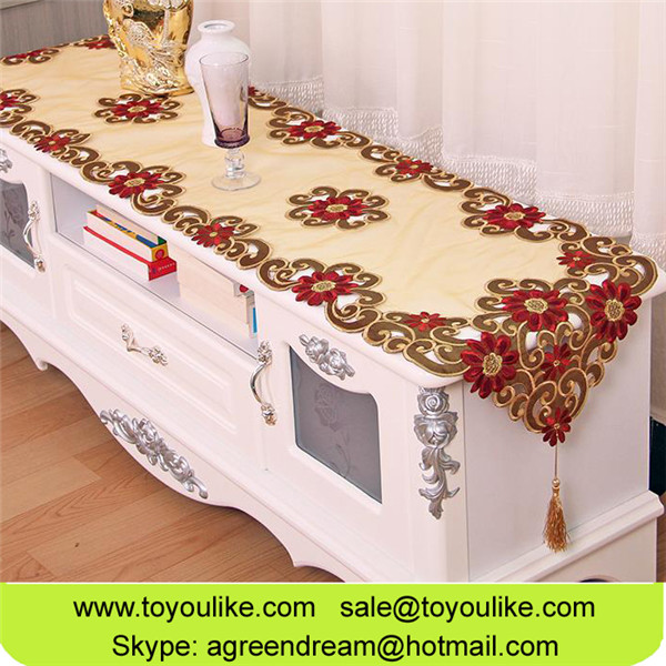 European Luxury Champagne Organdy Cutwork Embroidered Decorative Table Runners Placemats