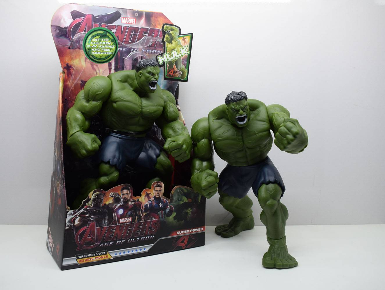 Marvel  Action Figure Hulk 3312B