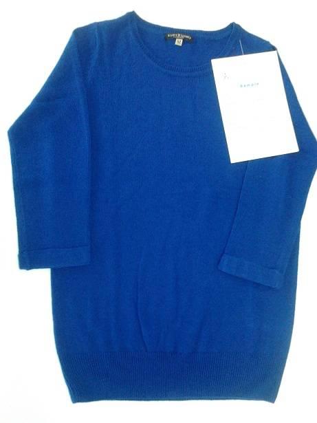 Ladies pullover sweater