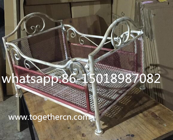 wholesale vintage metal doll bed for baby photo props