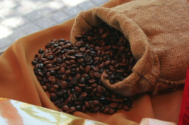 COFFE BEANS (ARABIC/ROBUSTER)