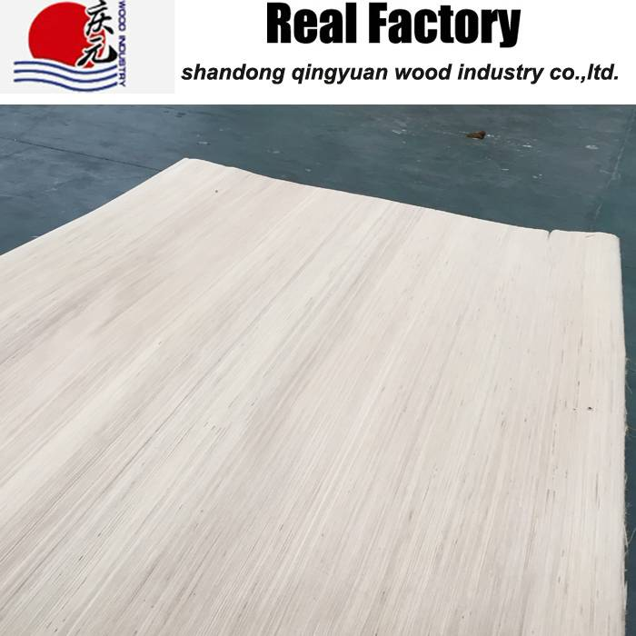 laminated natural poplar color  wood veneer  4*8 factory supply E0 straight line
