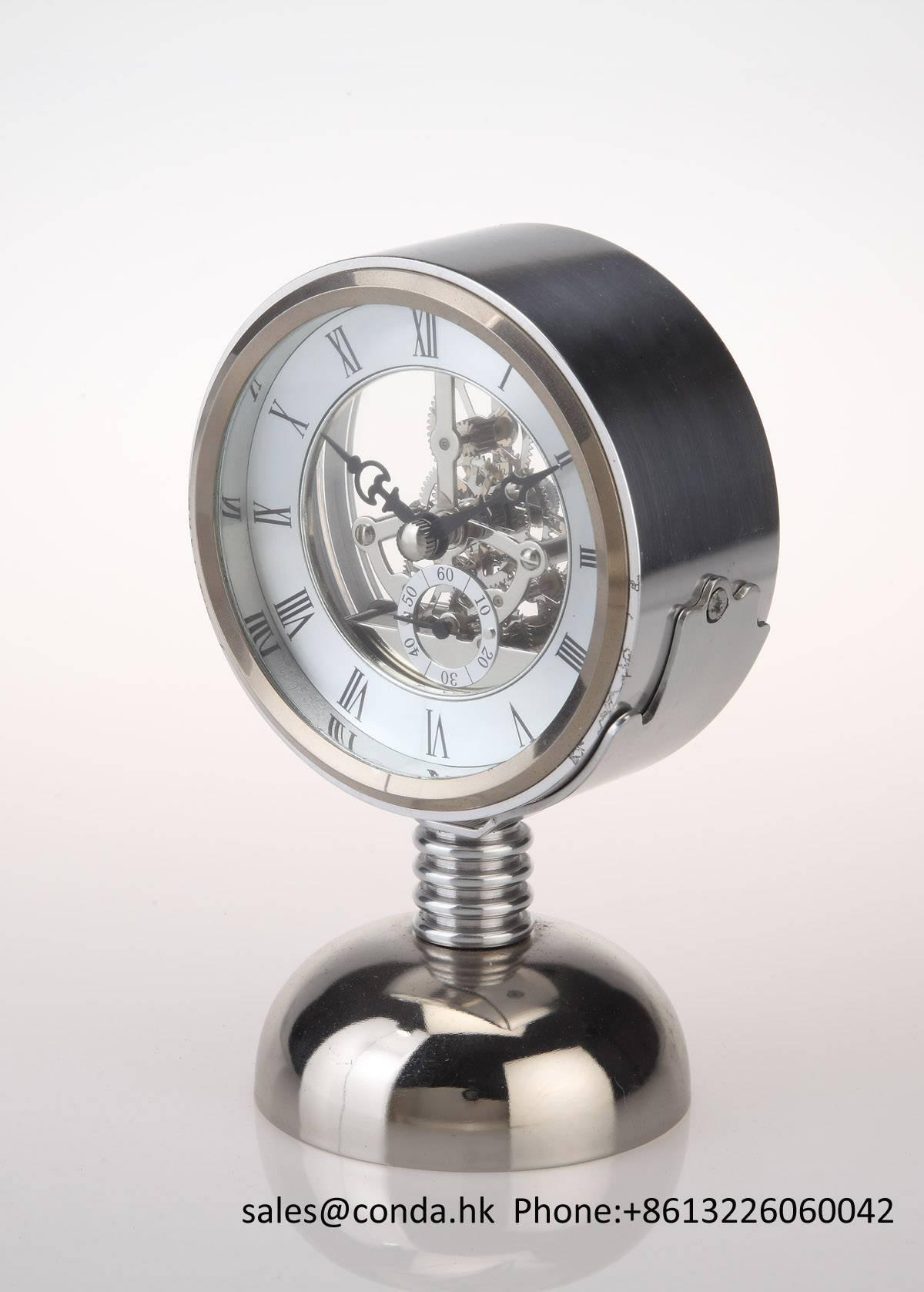 Conda Quartz wooden desk clock K8032
