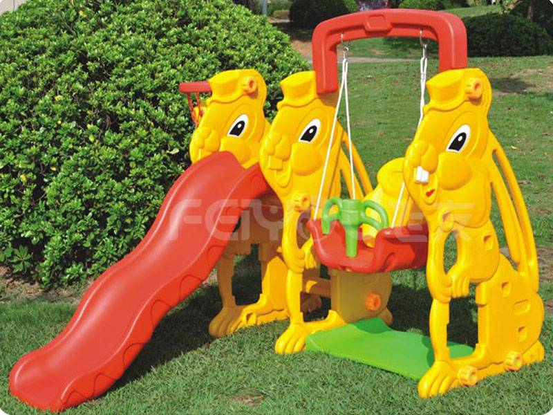 Small playground plastic slide with swing set for kids FY826301