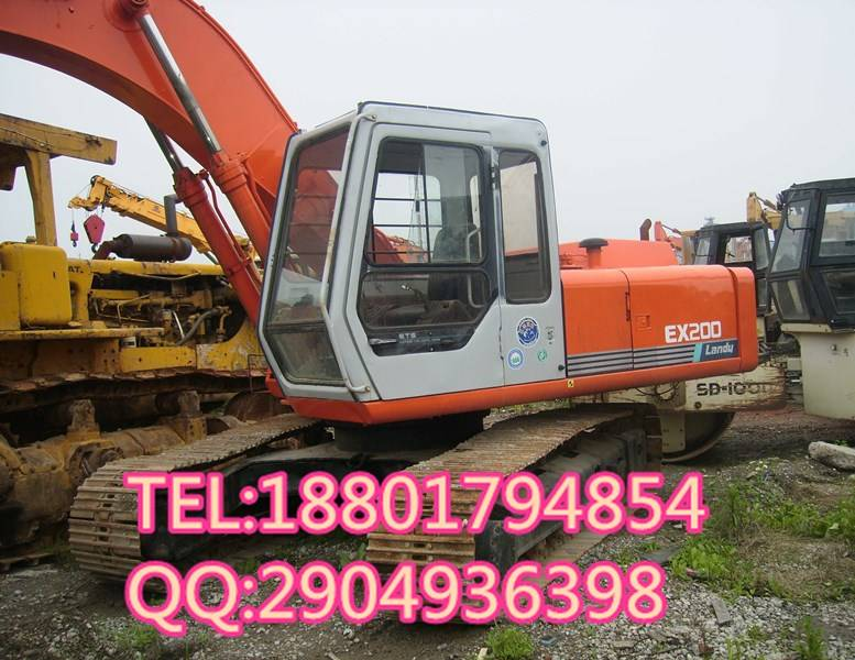 used good condition Hitachi EX200-1 in japan for sale