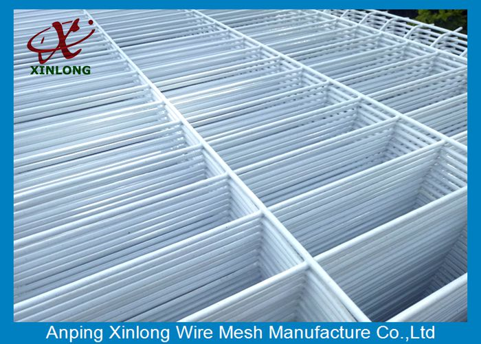 Convenient Installation Pure White Highway 3D Wire Mesh Fence